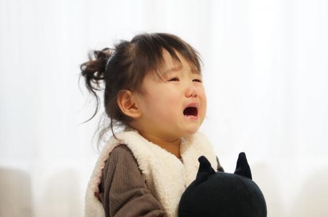 泣いてる子ども